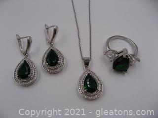 Imitation Emerald Jewelry Set