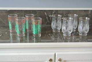 Holiday Glasses (Lot of 8)