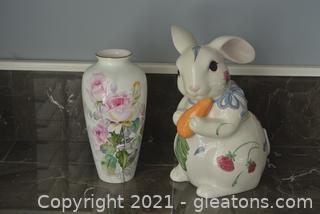 Easter Themed Lot (Lot of 2)