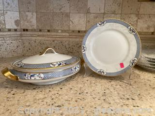 Theodore Haviland Limoges France 6 Plates and 1 Covered Veg. Dish