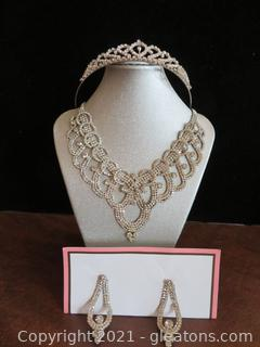 Stunning Crystal Tiara, Necklace and Earrings