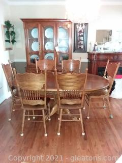 Dark Oak Claw Foot Pedestal Table with 6 Chairs