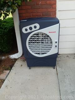 Honeywell C060PM Evaporative Cooler For Indoor, Outdoor and Commercial Use