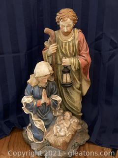 Mary and Joseph W/Baby Jesus Garden Statue