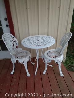 White Bistro Table and 2 Chairs