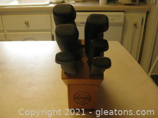 Knife Block with 6 Knives by Tools of The Trade