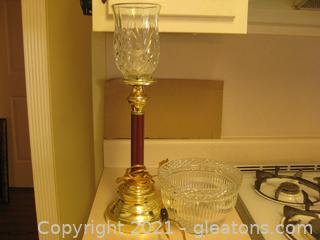 Elegant Table Lamp With a Crystal Globe with a Spare Globe