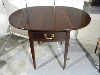 Oval Drop Leaf Link Taylor Side Table