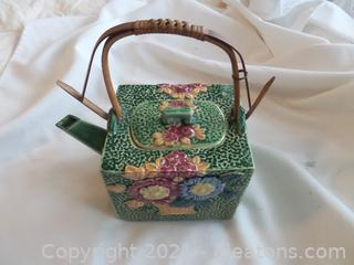 ANTIQUE MAJOLICA TEA POT WICKER HANDLE MADE IN JAPAN