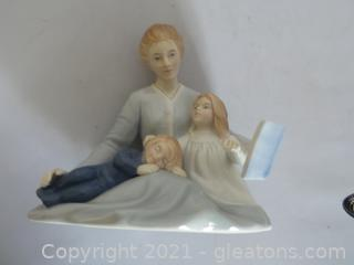 "Avon Porcelain figurine ""mothers touch"""