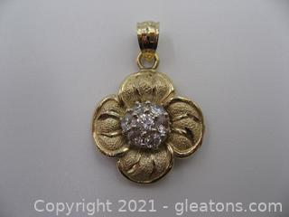 Very Sparkly 10kt Yellow Gold Flower Pendant
