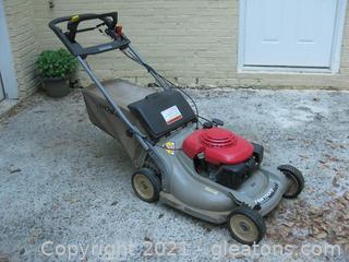 Honda Harmony 215 SX Self Propelled Mulching Lawn Mower