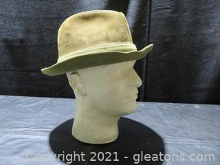 Dobb's Suede Fedora with Feather Size 7⅜