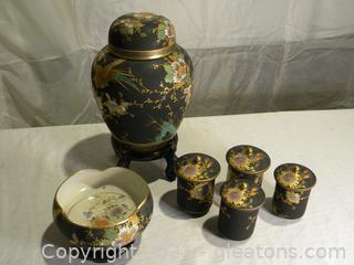Japanese Ceramics Lot