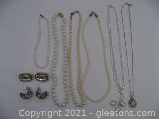 Costume Jewelry Lot 1
