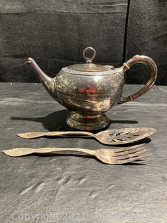 Dainty Rogers Smith & Company Silver Plate Teapot and Pie Server and Fork