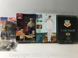 Lot of Gl Joe Collectibles