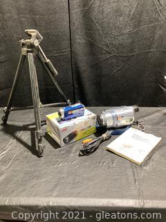 Sony Digital 8 Handycam and JVC HD Everio Camera/Camescope Sakar Tripod. Not Tested