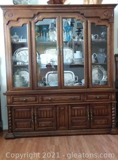 Traditional Bernhardt China Cabinet (Contents Not Included)