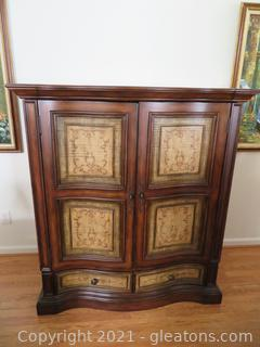 Striking Seven Seas Hooker Entertainment Center