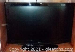 "Samsung 40"" Flat Screen Television"