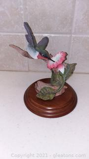 Gorgeous Hand Sculpted and Hand Painted Hummingbird