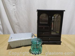 Lot of 3 Items : King Wood Co. Jewelry Box, Crabtree Evelyn Box, Ball Jar