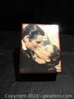 """""""Gone with The Wind"""" Music Box A"""