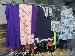 Lot of Beautiful Women's Clothes XL-2X (A)