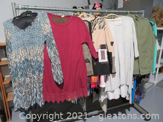 Lot of Well Maintained Women's Clothes XL-2X (B)