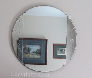 Retro 3 Section Round Mirror with Flower Motif