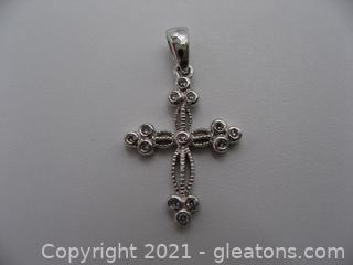 10kt White Gold Diamond Cross Pendant