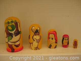 6.5 in Shrek Hand Painted Matryoshka Doll (5 Pieces in Set)