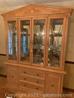 Haverty's Beautiful China Hutch W/ Carved Wood Detail