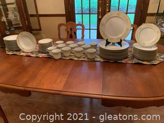 """Mikasa """"Greenbriar"""" Lot of (12) 5 Piece Place Settings"""