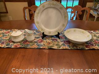 """Mikasa """"Greenbriar"""" Serving Pieces (Lot of 4)"""