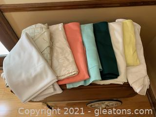 Round Tablecloths (Lot of 9)