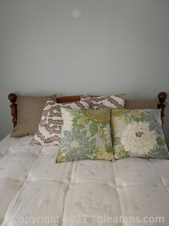 6 Lovely Decorator Pillows