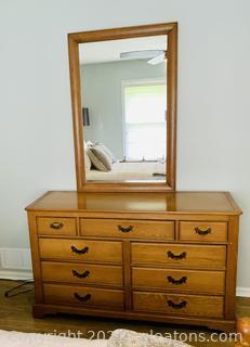 Harvest Oak Link Taylor 9 Drawer Dresser W/Mirror