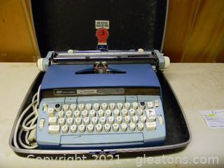 1960's Smith Carona Coronet Electric Typewriter