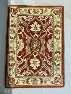 Hand Tufted 100% Wool Pile Rug (Red)
