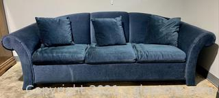 Stylish Couch with Fold Out Bed