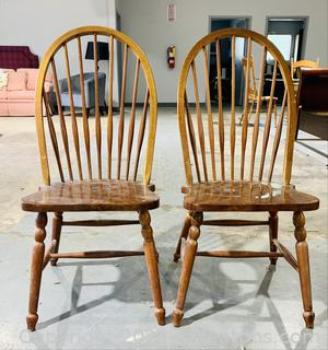 2 Inviting Windsor Dining Chairs