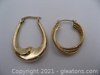 2 Gold Single Hoop Earrings
