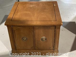 Midcentury Modern Side/End Table . 2 Door Cabinet