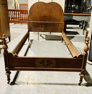 Charming Mahogany Twin Bed
