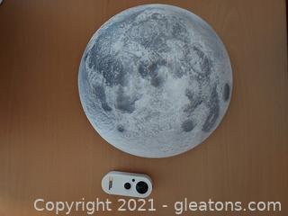"""Uncle Milton's """"Moon in My Room"""" By National Geographic"""