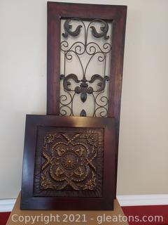 2 Fleur de Lis Wall Decor Pieces
