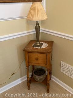 Maple End Table , 1 Drawer , Lower Shelf , Metal Base Lamp