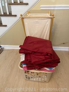 Laundry Hamper , 2 Beach Blankets , 5 Beach Towels
